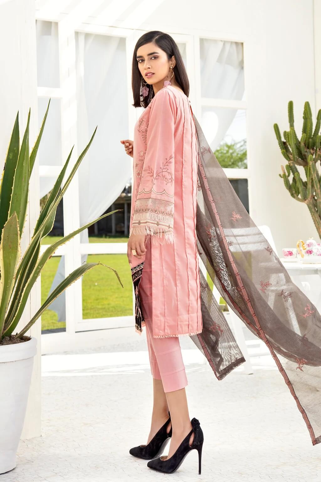Iznik Chinon Lawn Collection 2020 Embroidered 3PC CL20-02 Candy - FaisalFabrics.pk