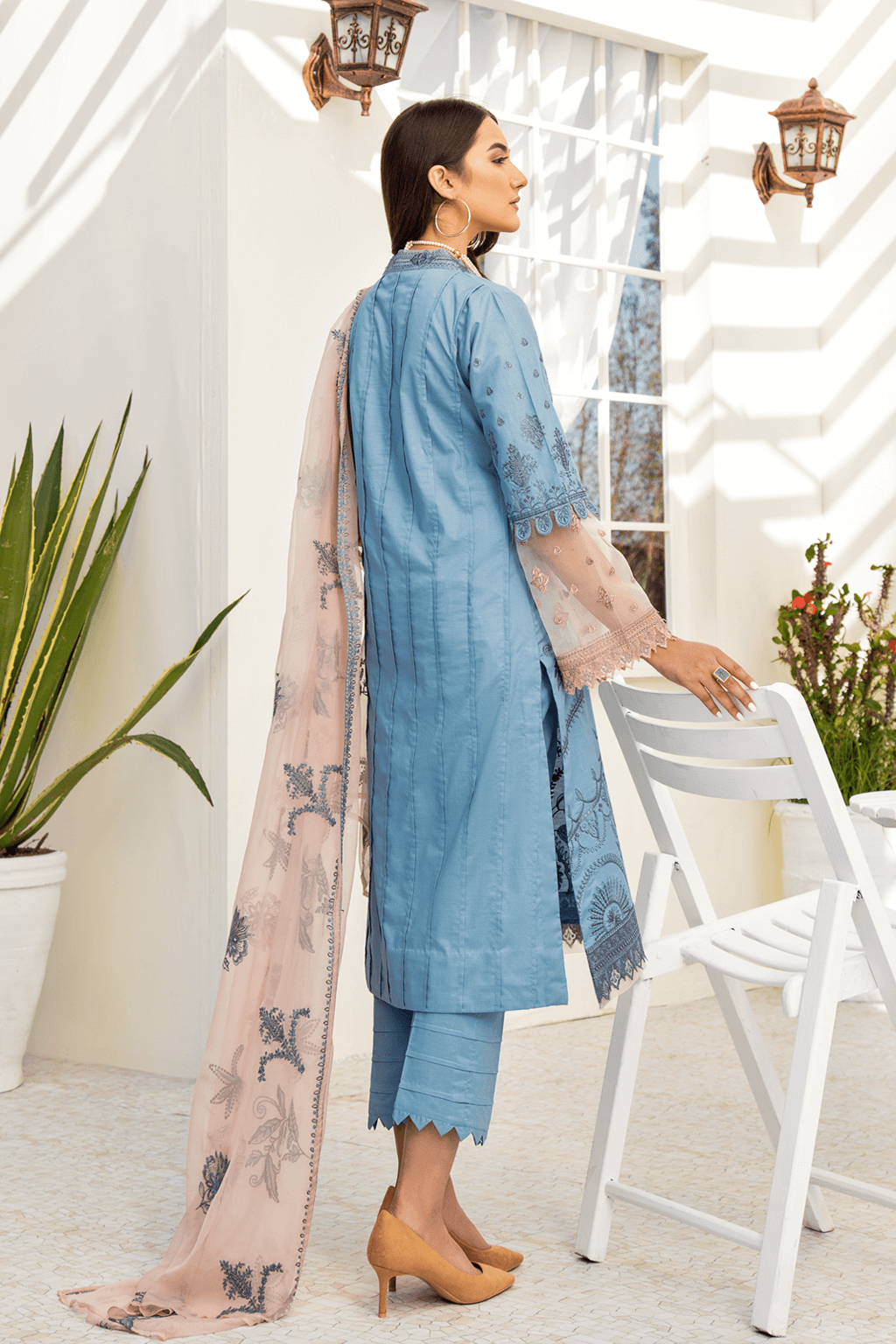 Iznik Chinon Lawn Collection 2020 Embroidered 3PC CL20-08 Poolside - FaisalFabrics.pk