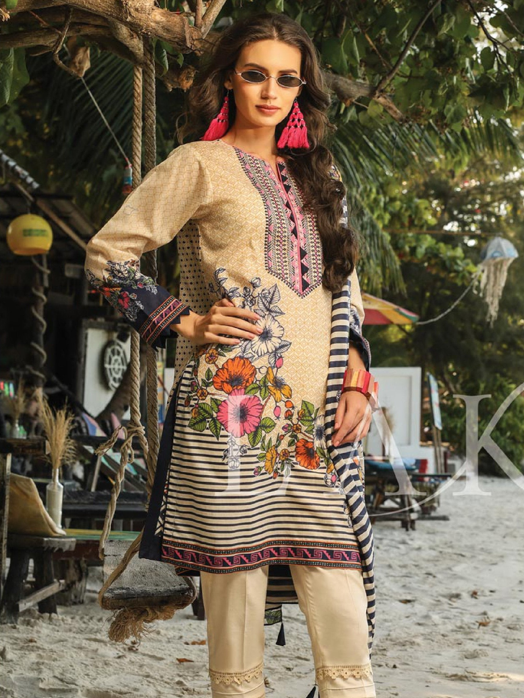 Lakhany LSM Shades Of Summer Embroidered Lawn 3pc Suit PLC-2052 - FaisalFabrics.pk