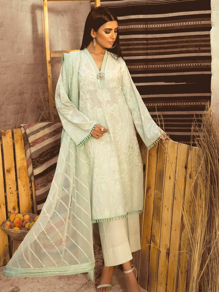 Maryum N Maria Premium Embroidered Lawn Collection 3PC Suit MML-03 - FaisalFabrics.pk