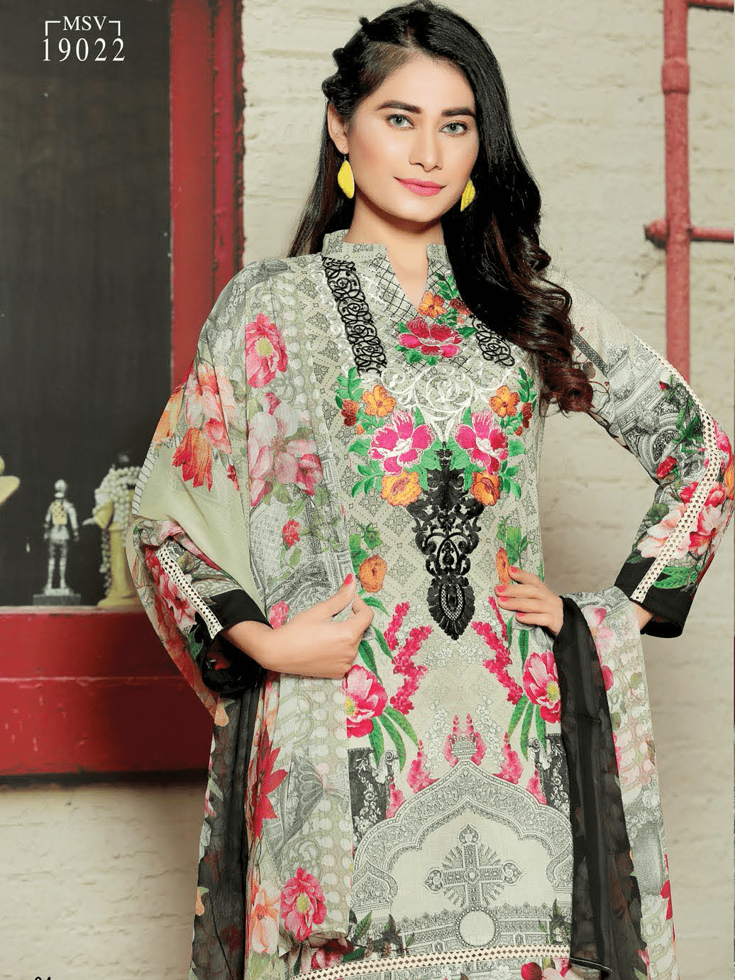 Aroosa Embroidered Swiss Lawn 2019 Unstitched 3 Piece Suit MSV-19022 - FaisalFabrics.pk