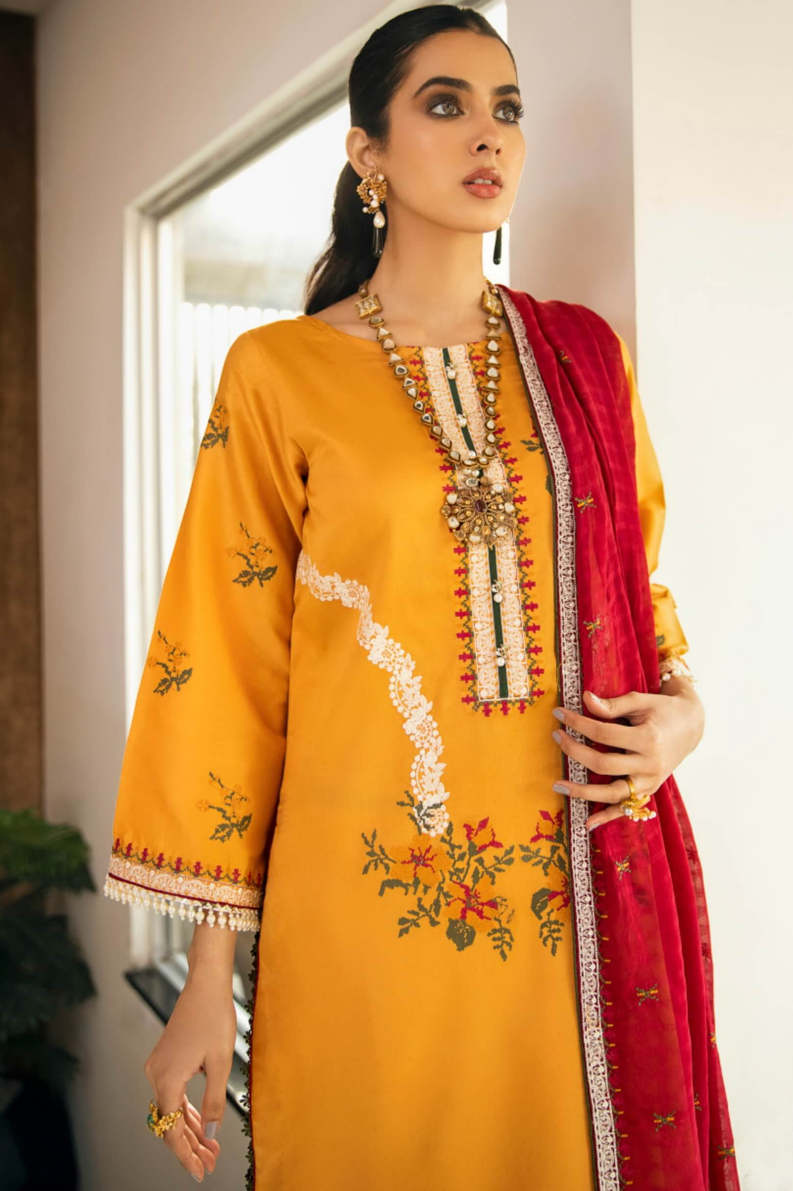 Panache By Puri Fabrics Embroidered Lawn 3 Piece Unstitched Suit P-07