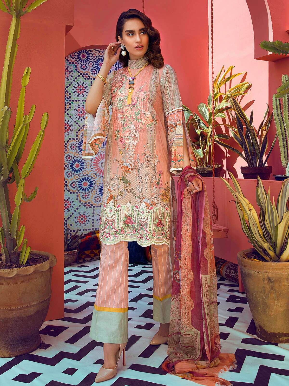 RajBari Luxury Embroidered Lawn 2019 Unstitched 3 Piece Suit 9A - FaisalFabrics.pk