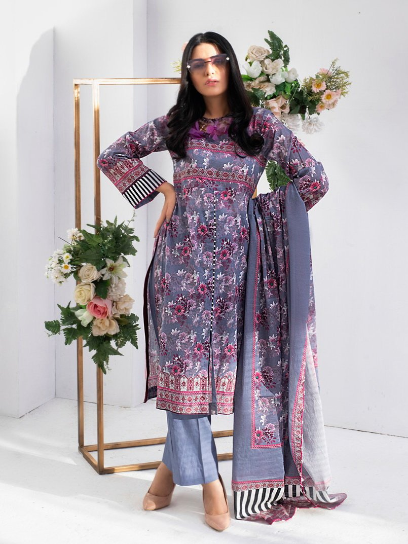 REGALIA Digital Printed Festive Lawn 2020 Unstitched 3PC Suit RE-03 - FaisalFabrics.pk