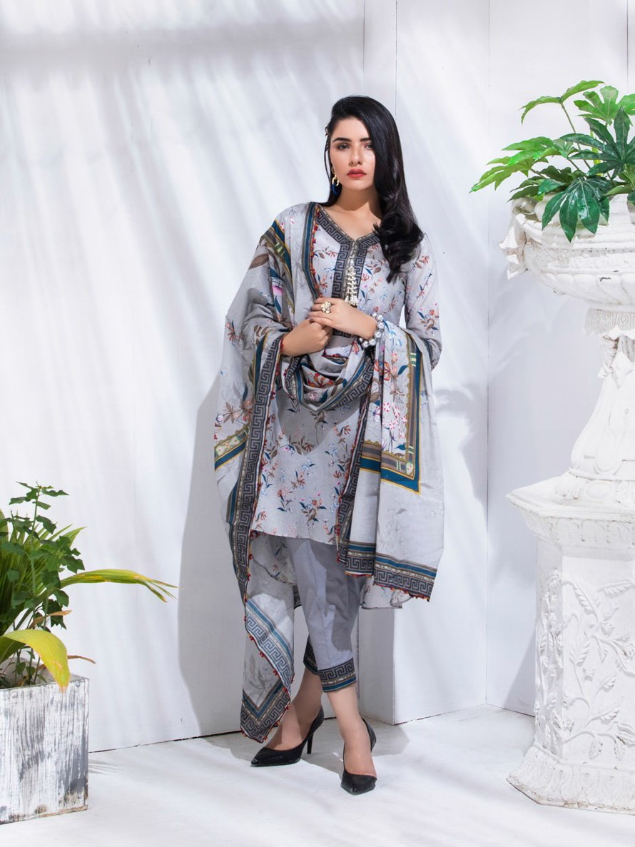 REGALIA Digital Printed Festive Lawn 2020 Unstitched 3PC Suit RE-06 - FaisalFabrics.pk
