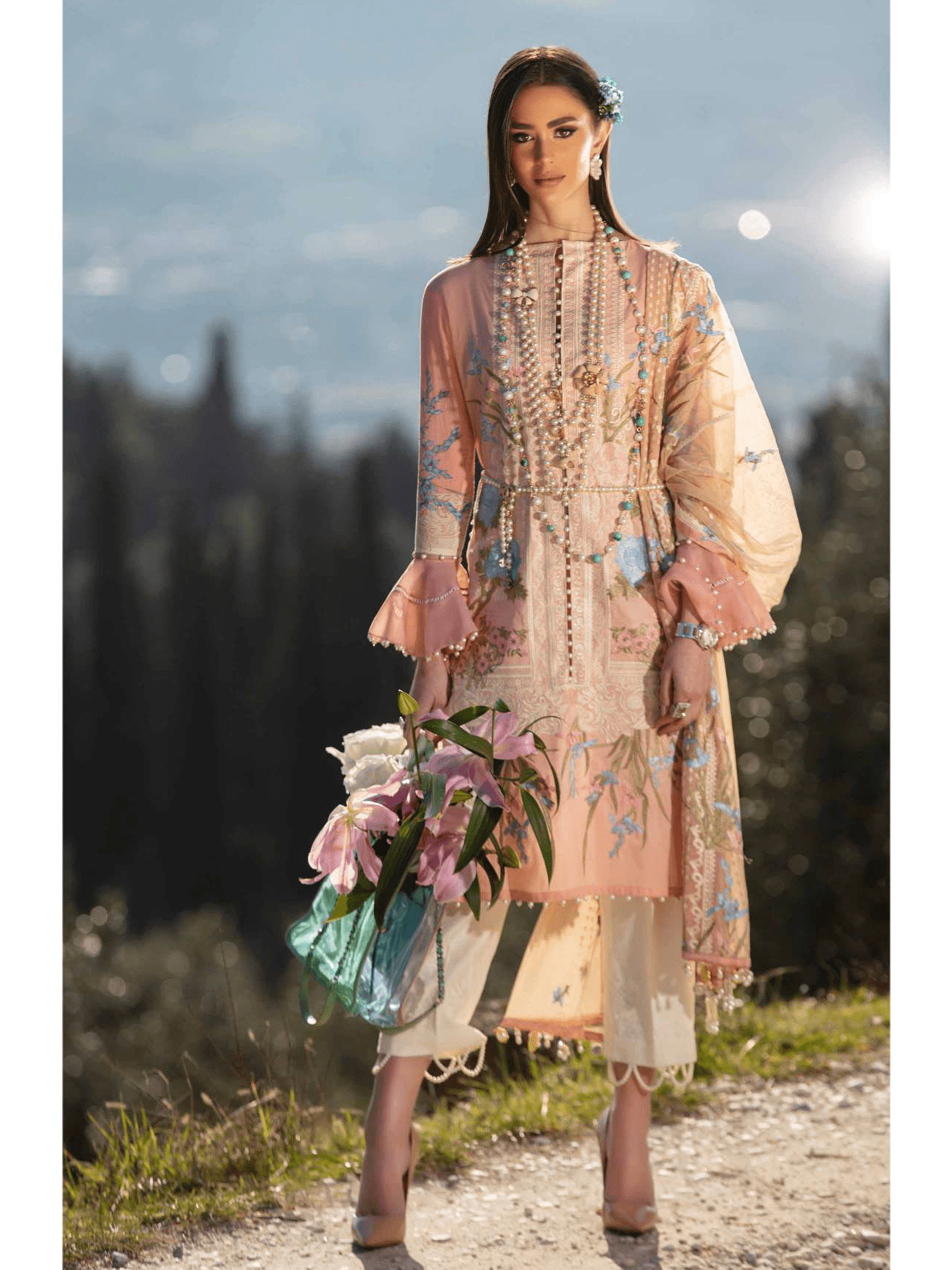 Sana Safinaz Luxury Lawn Summer 2019 Unstitched 3PC Suit SS-19-6A - FaisalFabrics.pk