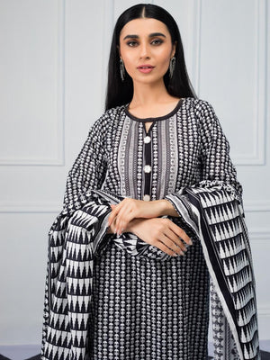Salina by Regalia Textiles Black & White Printed Lawn 3pc Suit BW-06