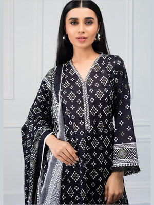 Salina by Regalia Textiles Black & White Printed Lawn 3pc Suit BW-09