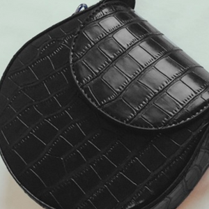 Cartera Negra Crossbody Vegan Leather