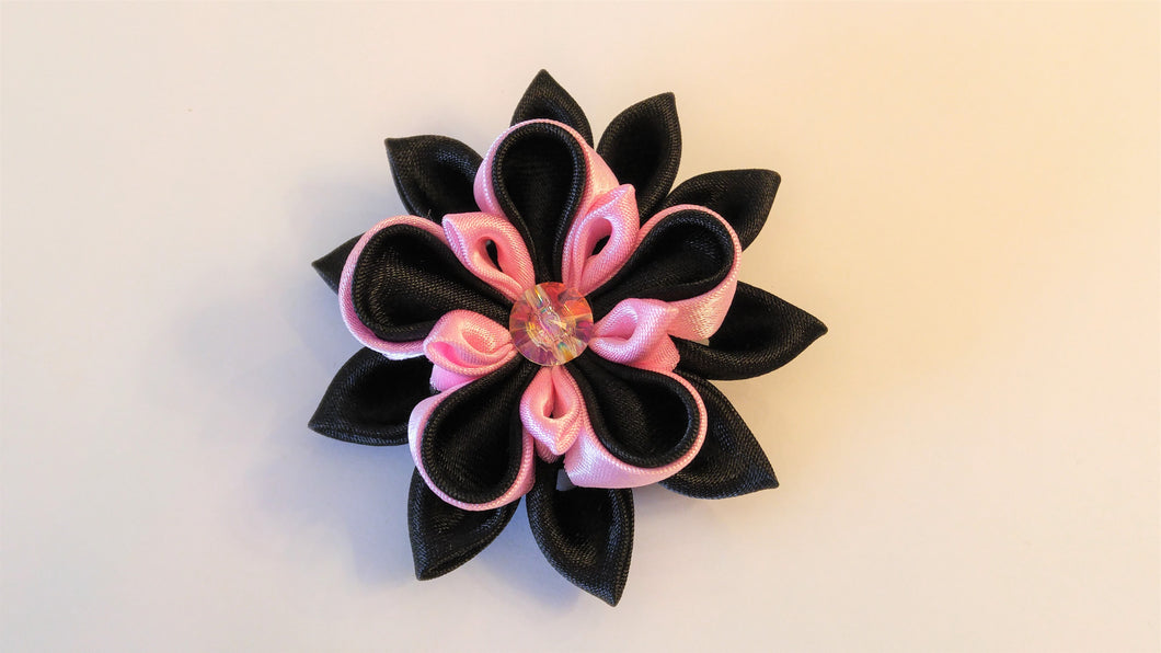 Black and Pink Daisy - Kanzashi Hair Clip or Pin