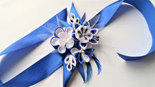 Load image into Gallery viewer, Royal Blue and White Wrist Corsage for Prom, Bridal, Evening Outfit - Kanzashi Flowers Corsage