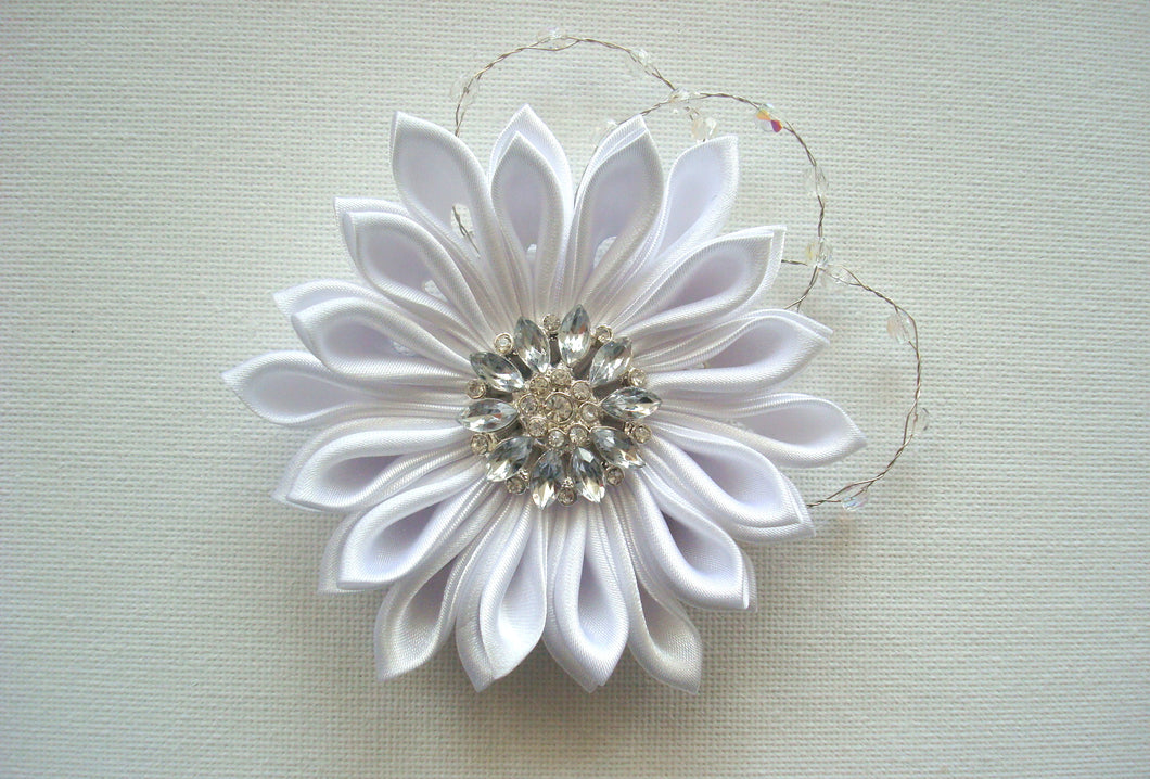 White Kanzashi Hair Clip with Glass Crystals