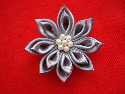 Bridal Kanzashi Flower Hair Clip with Freshwater Pearls - Gray Flower Hair Clip