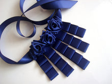 Load image into Gallery viewer, Night Blue Roses Choker