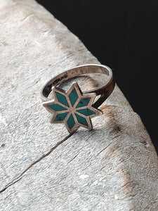 Vintage Inlay Flower Ring