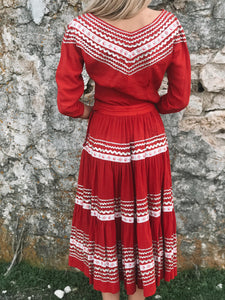 50s Folk Dress (Top + Skirt)
