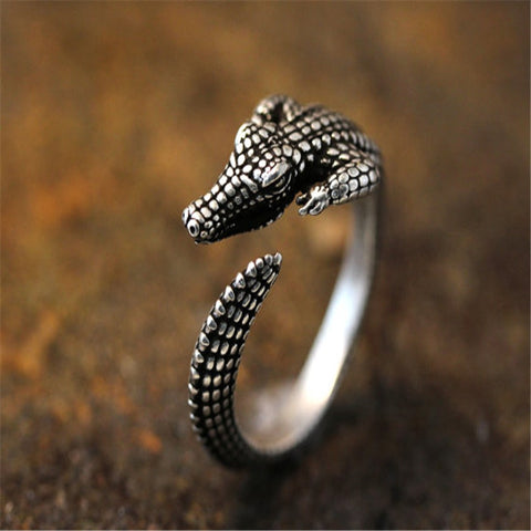 Adjustable Punk Style Alligator Ring