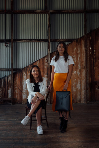Marlee Silva and Keely Silva are sisters and cofounders of tiddas4tiddas a platform created to tell stories of Indigenous Female excellence. We are so excited to have the honour of sharing their story with you. Women leaders, ARNAonline work and laptop bags for women