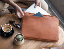 Load image into Gallery viewer, The Blackwell Laptop Sleeve, Tan