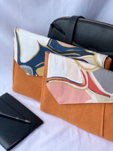 Load image into Gallery viewer, Springkle Laptop Sleeve