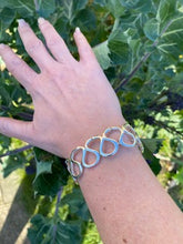 Load image into Gallery viewer, Ocean Waves Bracelet - Mon Bijoux