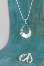 Load image into Gallery viewer, Flat Teardrop Sterling Silver Necklace and Earring Set - Mon Bijoux - Mon Bijoux