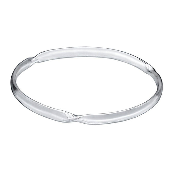 Flat Twisted Circle Bangle - Mon Bijoux