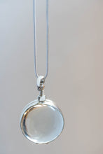 Load image into Gallery viewer, Silver Glass Photo Locket Circle
