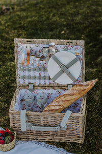 Natural Flowers Picnic Basket