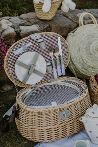 Natural Oval Picnic Basket