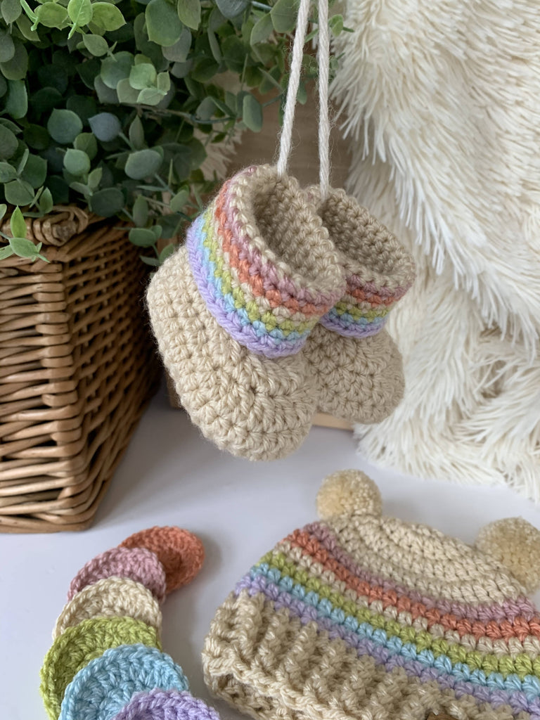 Crochet Vintage Rainbow Booties