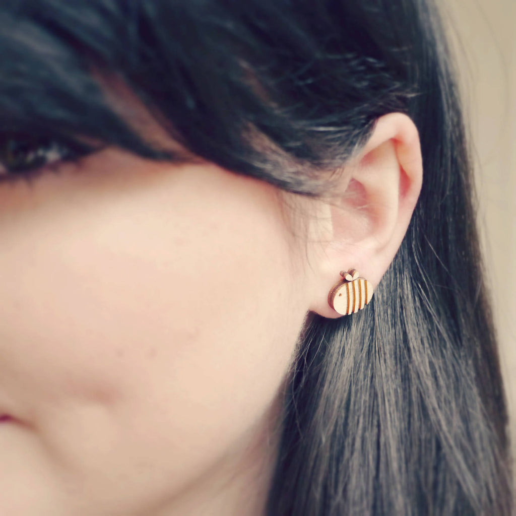 Wooden Laser Cut Bumble Bee Earrings on Model-Ginger Pickle