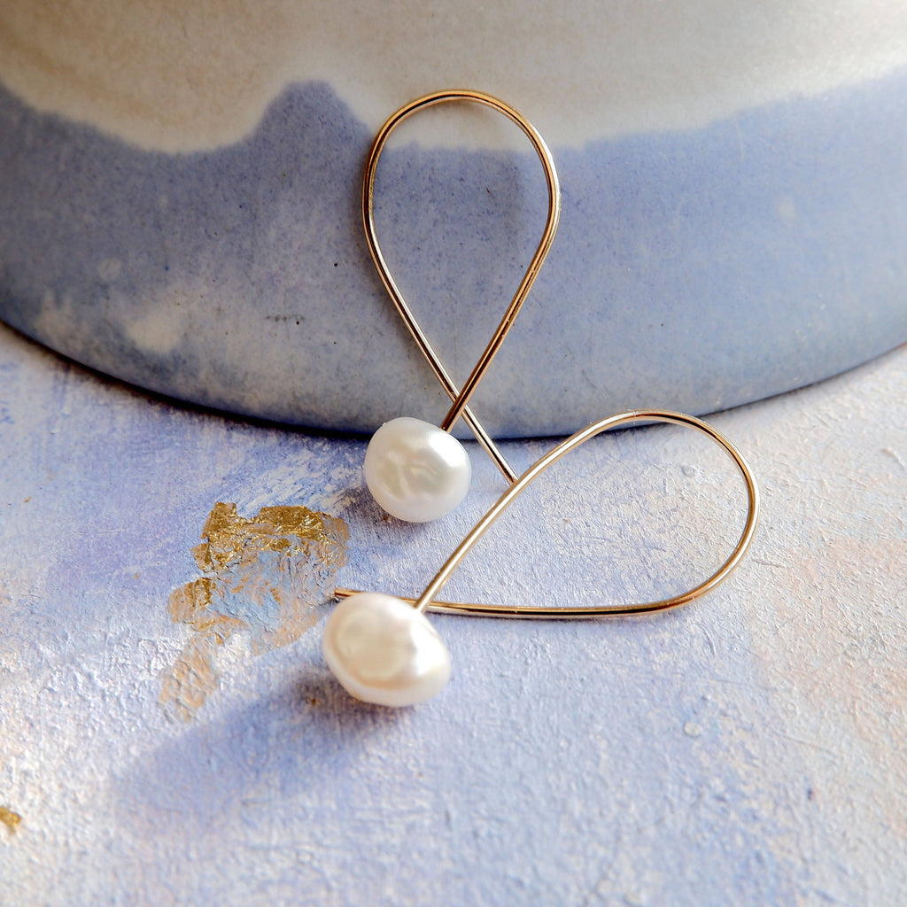 Keshi Pearl Gold Threader Hoop Earrings