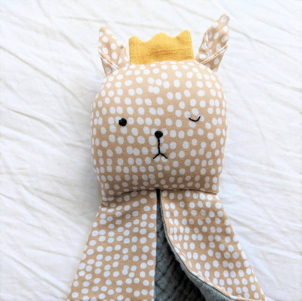 Winking Fawn baby comforter