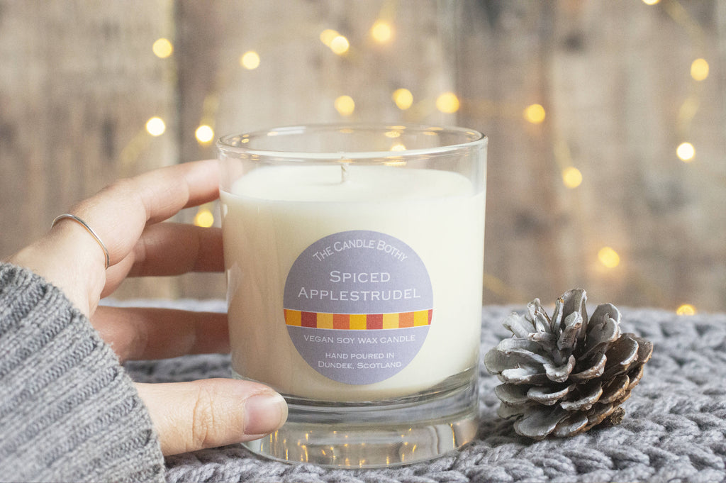 Spiced applestrudel soy wax candle