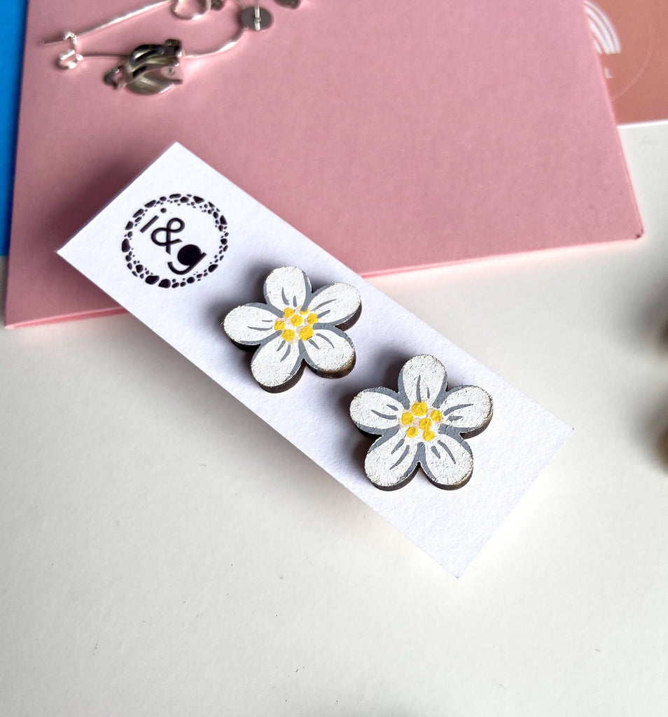 White Daisy Wooden Flower Earrings