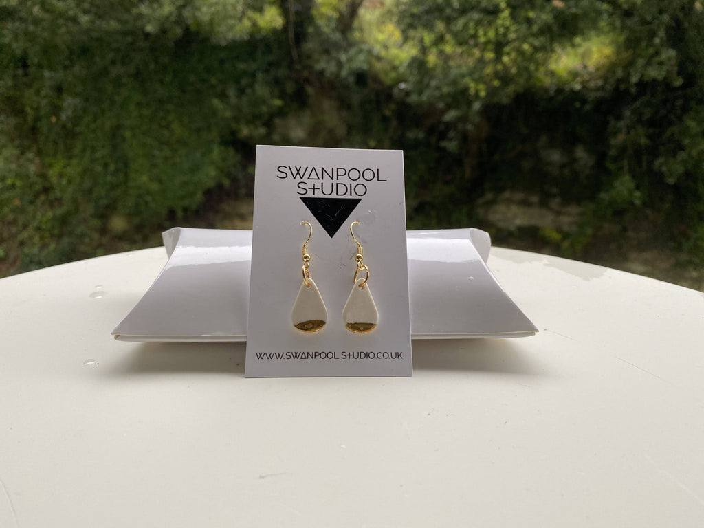 Gylly Teardrop Earrings