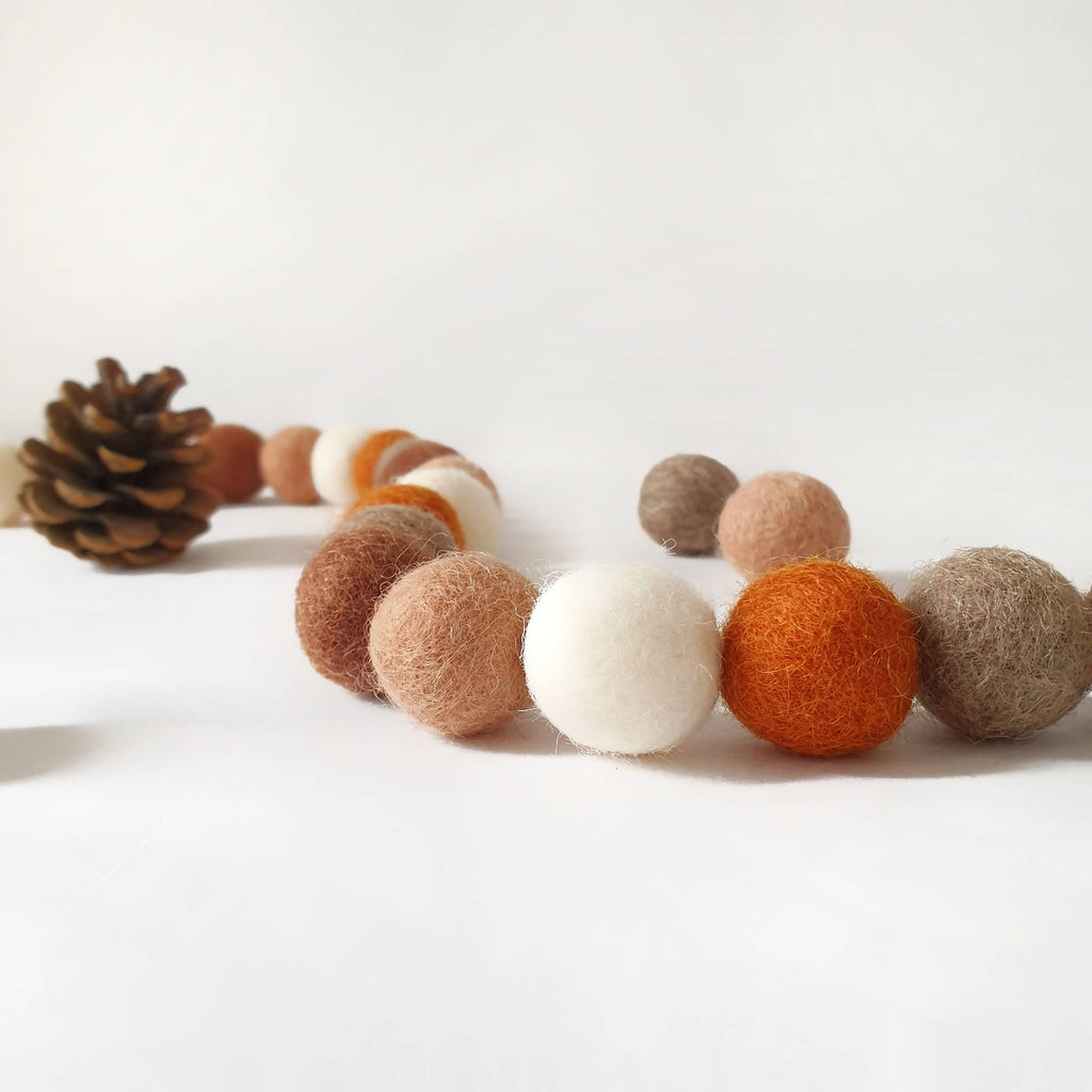 Acorn Pom Pom Garland - Felt Ball Nursery Decor