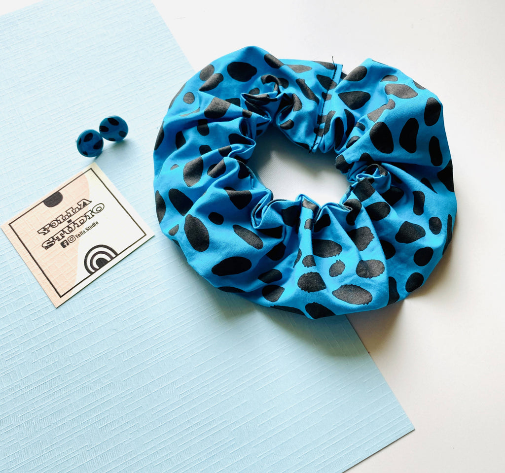 Animal print large blue Scrunchie + Pair of matching stud earrings