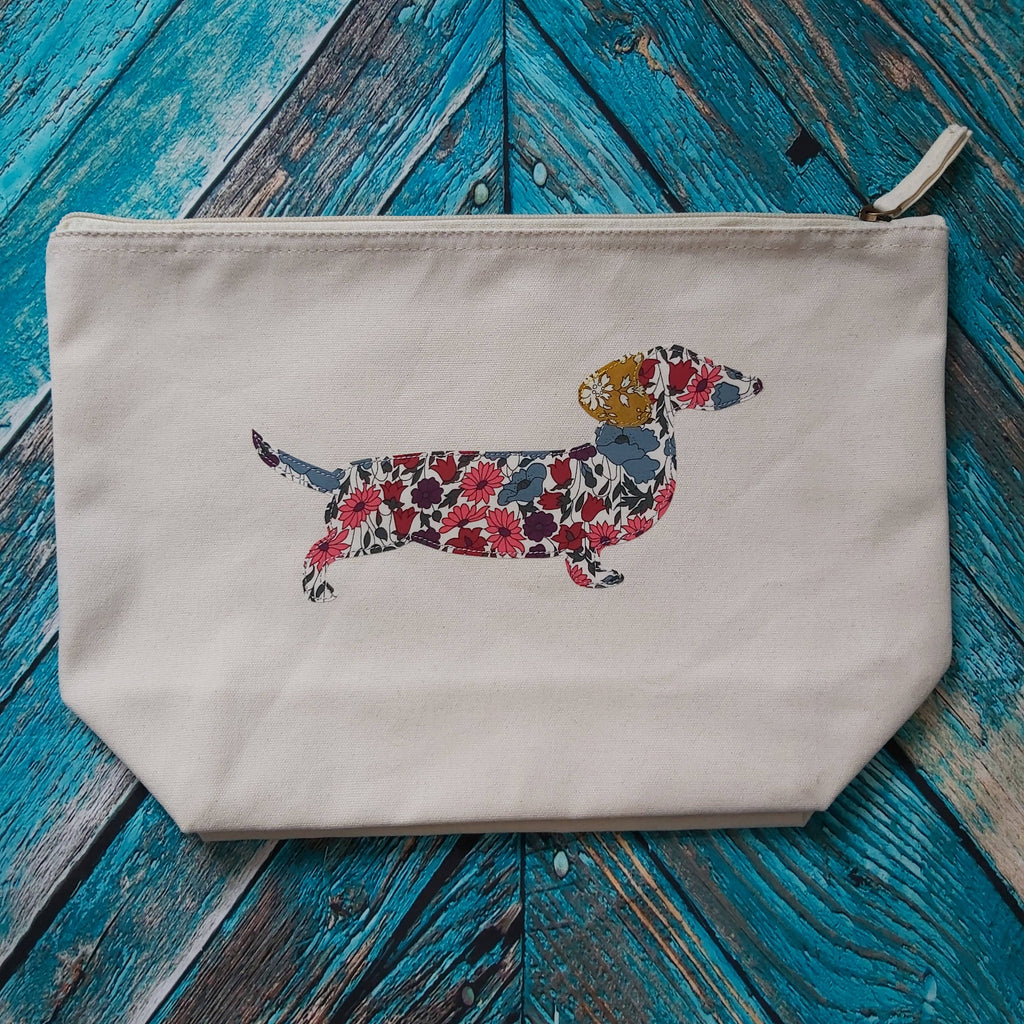 SAUSAGE DOG appliqué organic cotton zip pouch