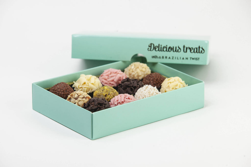 Box of 12 brigadeiro - with foil printed lid