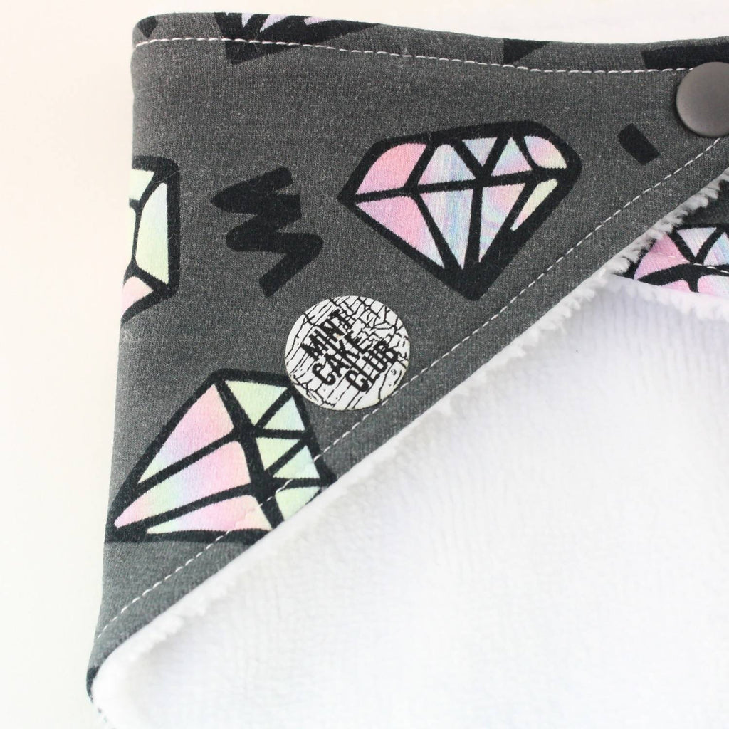 Grey diamond bib