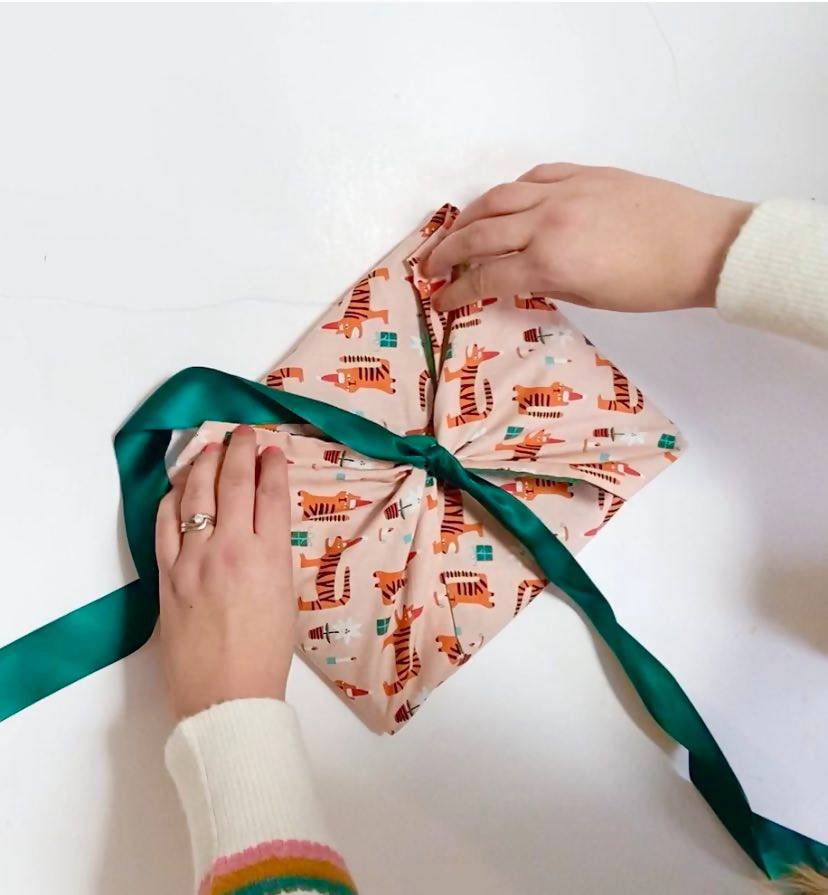 Furoshiki inspired fabric wraps tutorial using SEWING technique- INSTANT DOWNLOAD