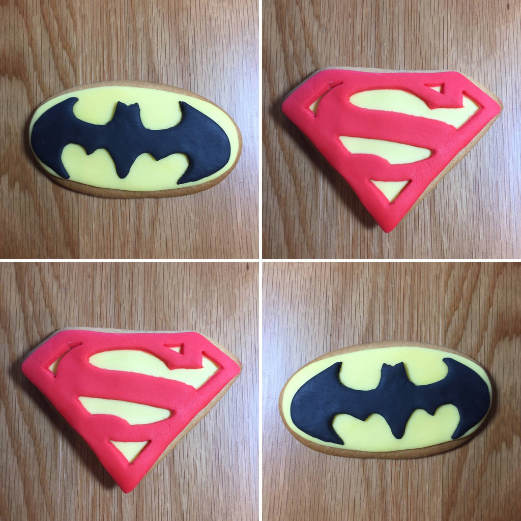 12 x Superhero Party Favours