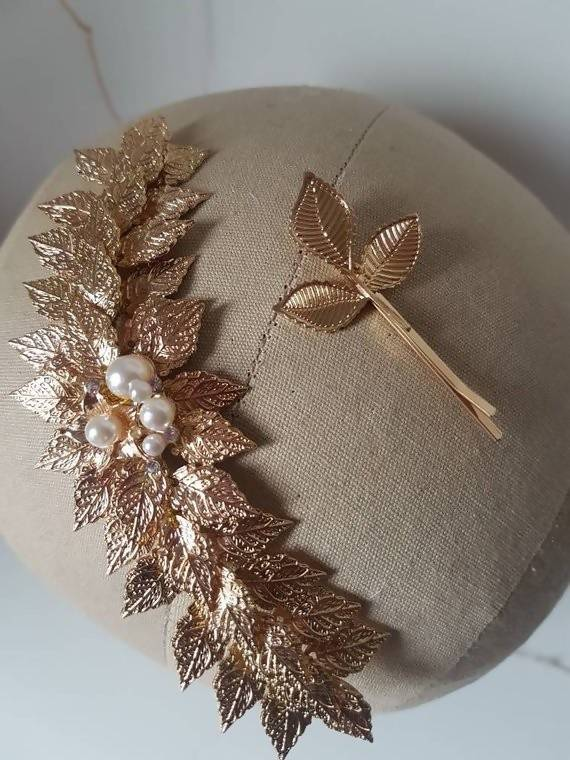 Gold Leaf hair Comb gold leaf hair vine hairpiece gold leaves hairpiece Grecian leaf hairpiece wedding accessory bridal hairpiece greek goddess