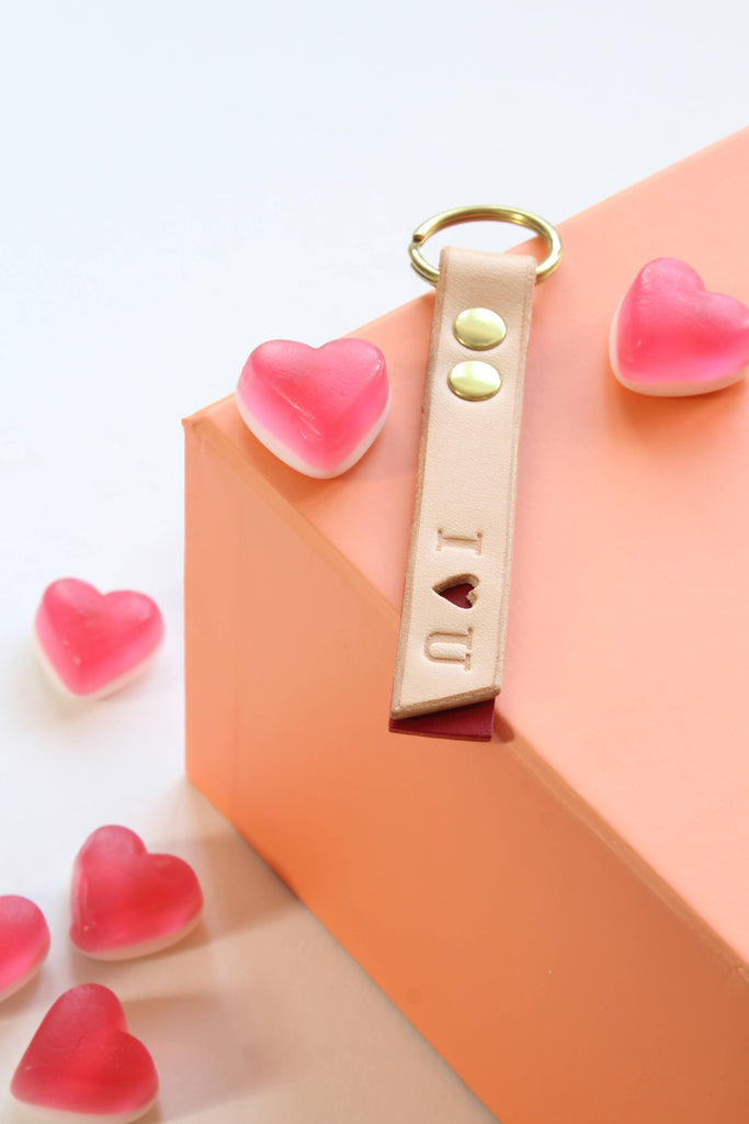 I love you Valentine leather tag keyring