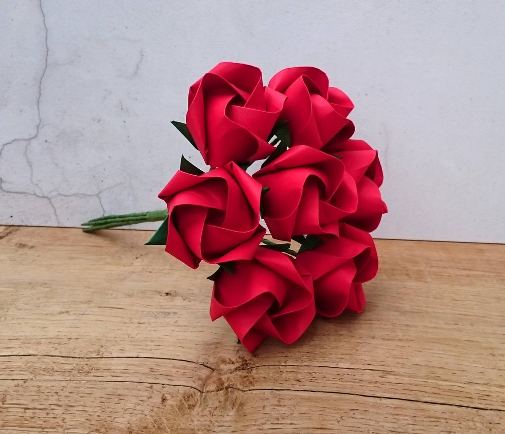 red paper roses bouquet