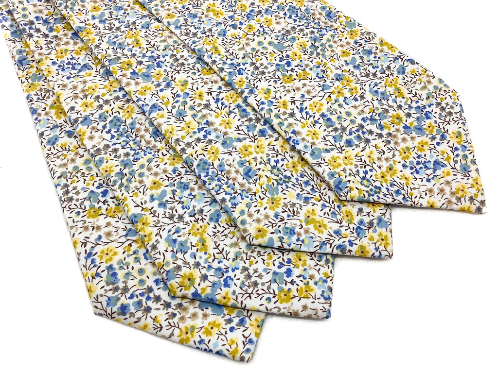 Liberty Phoebe Yellow Blue Tie and pocketsquare set