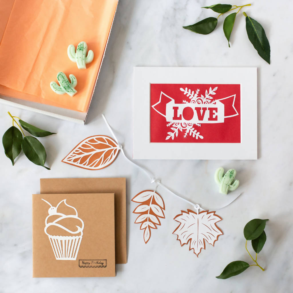 Paper Cut Love Banner Letter Box Gift Set