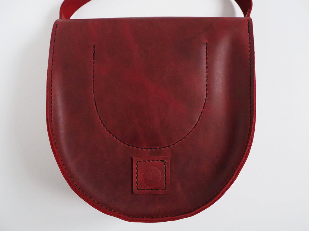 Leather Saddle Bag - Women's Leather Shoulder Bag in Waxy Red